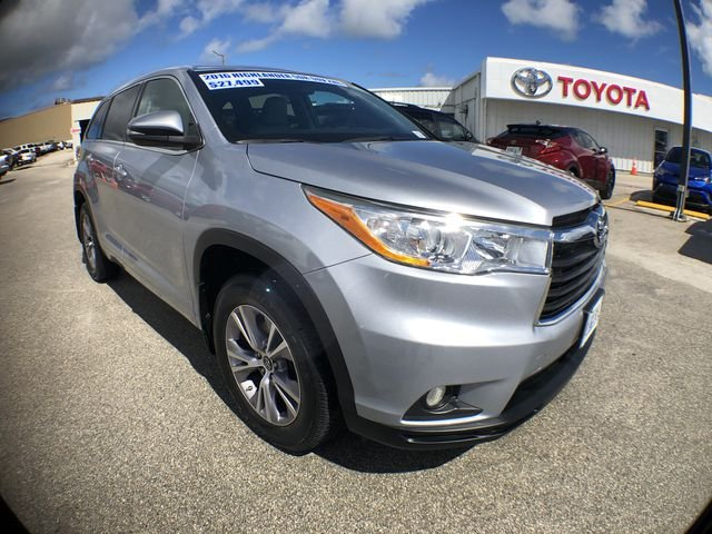 Pre-Owned 2016 Toyota Highlander LTD